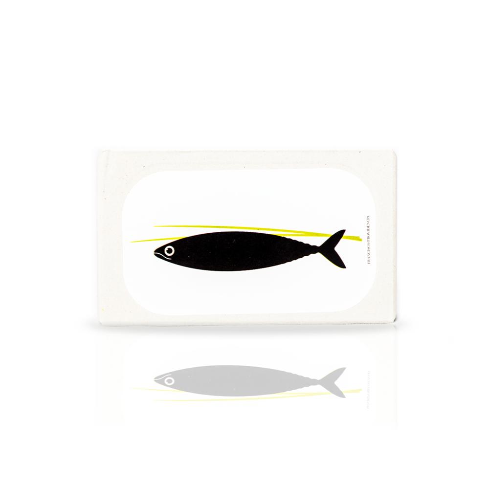 Kleine Makrelen in Olivenöl